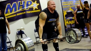 ryan-bracewell-Deadlift